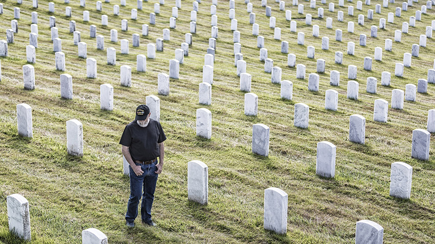 New Study Suggests Treatment >> As Opioids Kill More Veterans Study Shows Treatment Needs